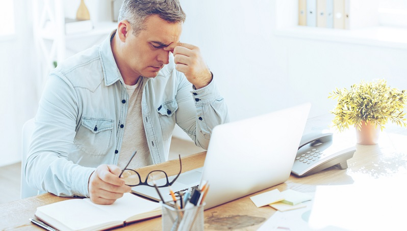 Der Unterschied zwischen Berufsunfähigkeit und Erwerbsunfähigkeit kann große Auswirkungen auf die Rente haben, denn nicht jeder Berufstätige, der berufsunfähig ist, ist gleichzeitig auch erwerbsunfähig, obwohl beide Dinge mitunter auch gemeinsam auftreten können. (#01)