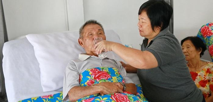 Pflegegrad 4: Voraussetzungen / Kriterien & Leistungen