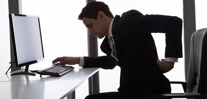 Rückenschmerzen im Sitzen: Bewegung als beste Medizin
