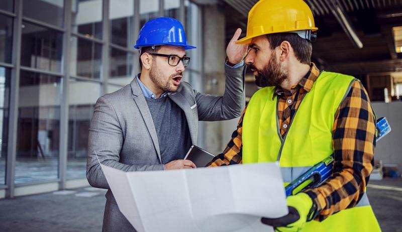 Berufshaftpflichtversicherung auch für den Architekten ein wichtiger Schutz.( Foto: Shutterstock-_ Dusan Petkovic )